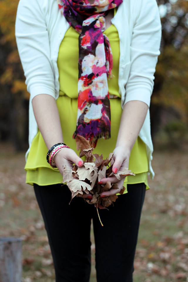 Neon green for fall - www.prettylittledetails.ca.