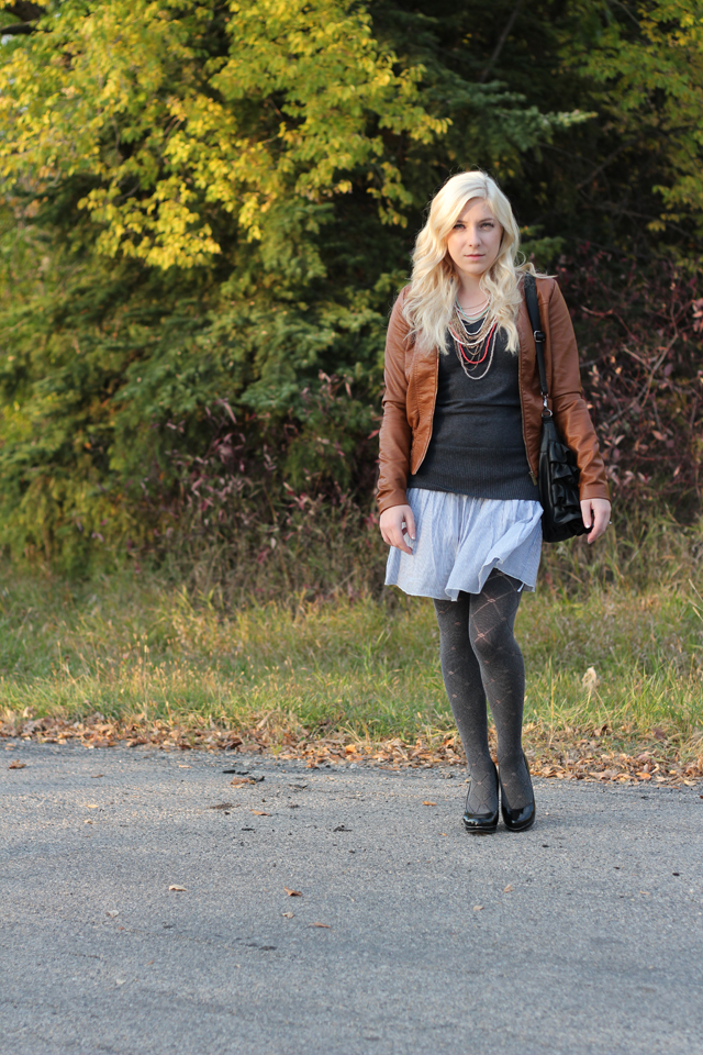 Patterned tights - from Pretty Little Details.