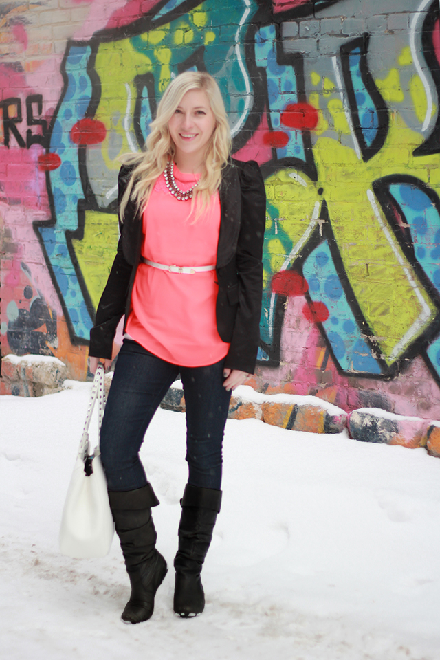 How to wear neon. Inspiration from a Canadian Style Blogger.