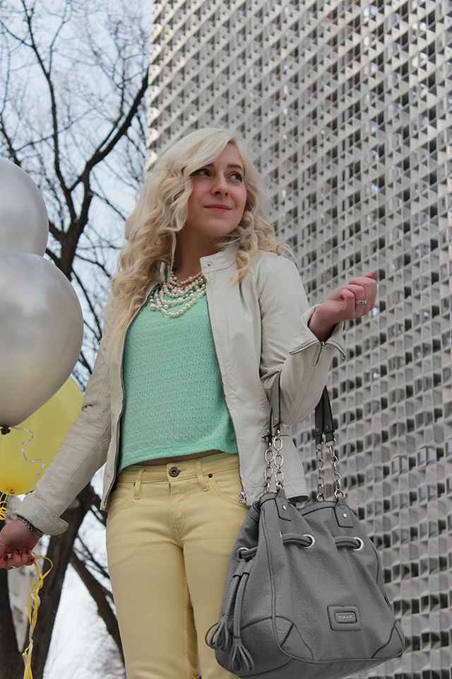 How to wear yellow jeans.  Inspiration from a pretty little fashion and lifestyle blog from Winnipeg, Canada.