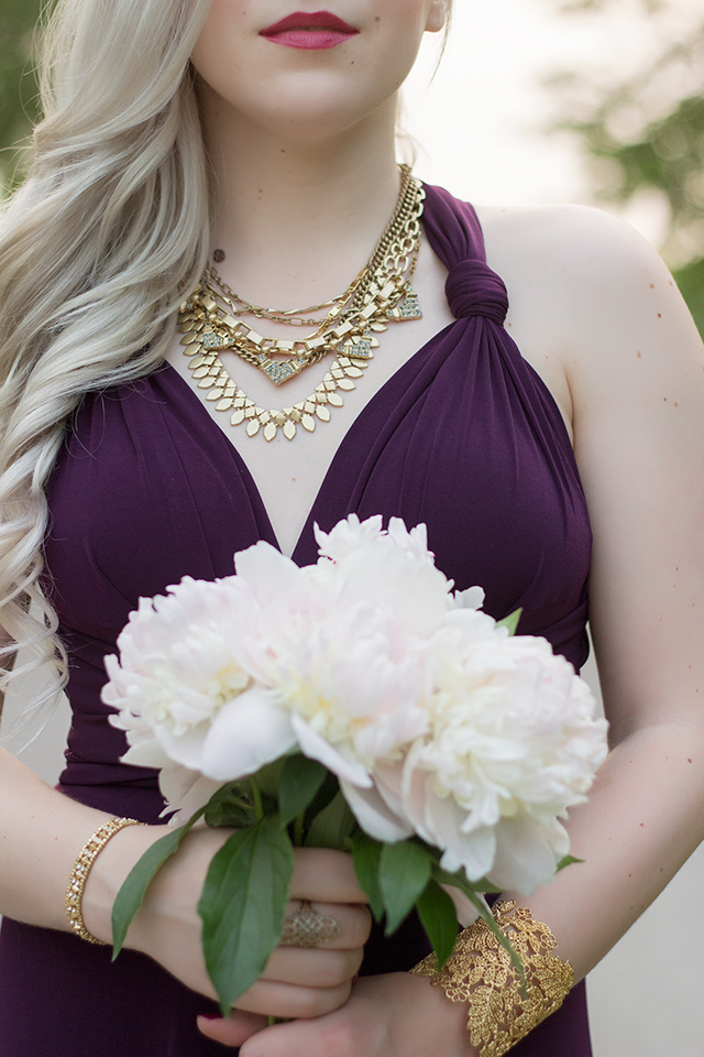 How to wear the Stella and Dot gold sutton necklace.
