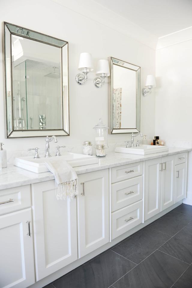 Simple, feminine bathroom decor
