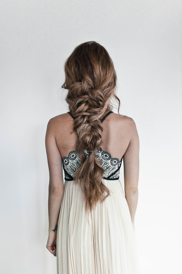 Ten easy and gorgeous hair braid tutorials. How to create a messy french braid.