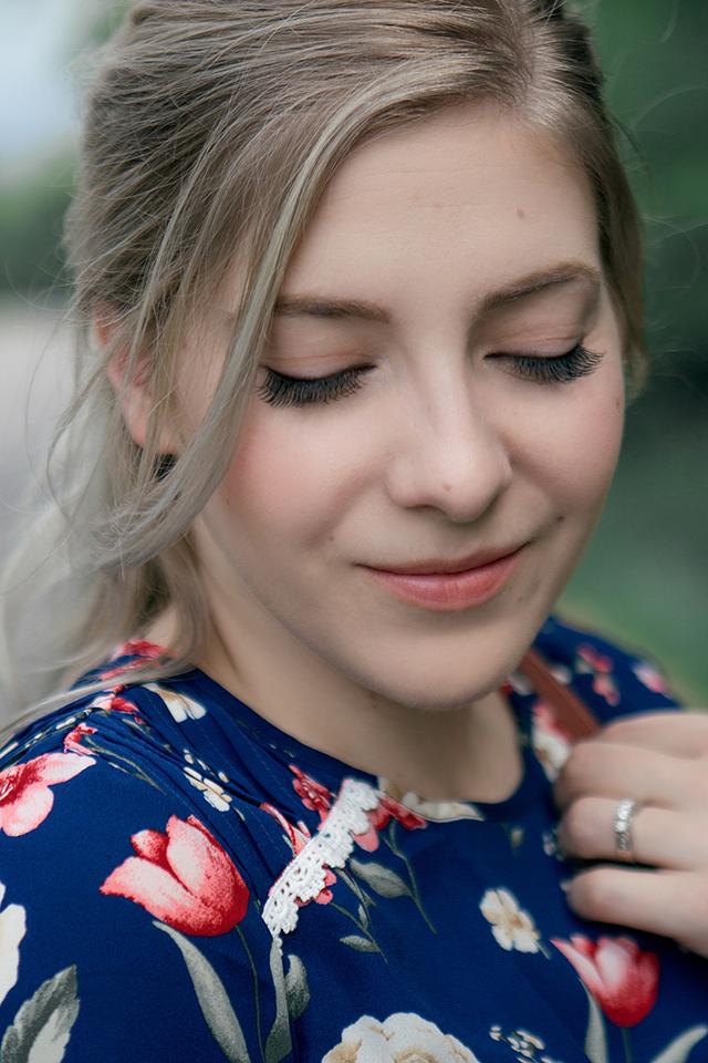 Hush Lashes Winnipeg: A style blogger's secret to full gorgeous eyelashes.