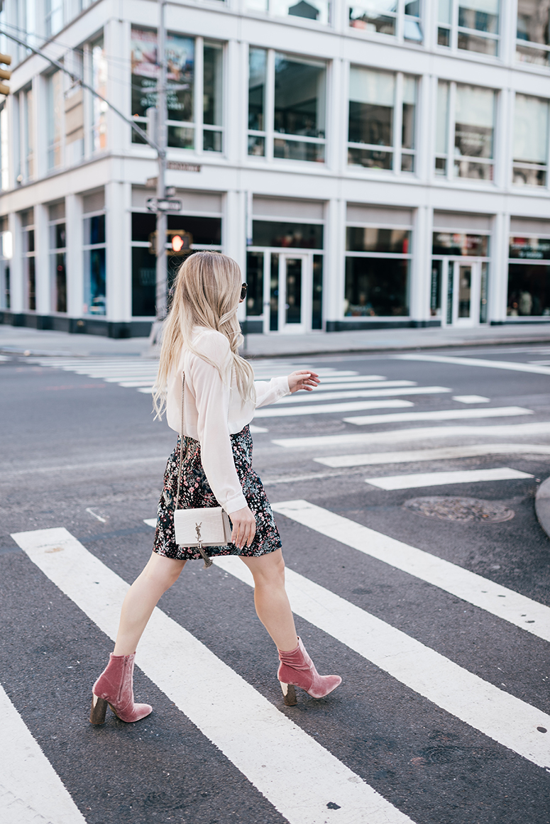 New York Fashion Week - Blogger Street Style