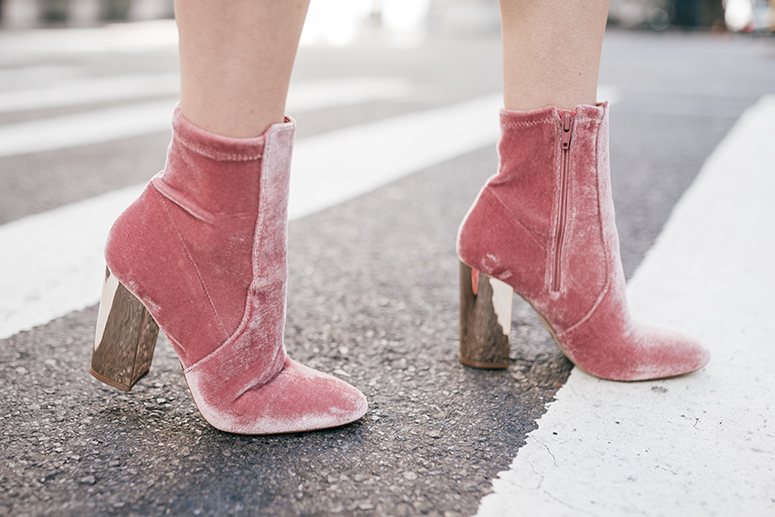 New York Fashion Week - Blogger Street Style // Aldo pink velvet booties