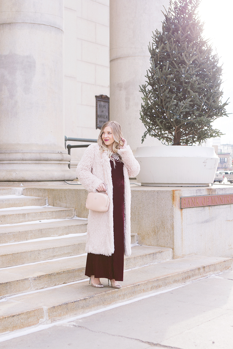 What to wear for a holiday party // Inspiration from Winnipeg blogger Jennifer Ashley.