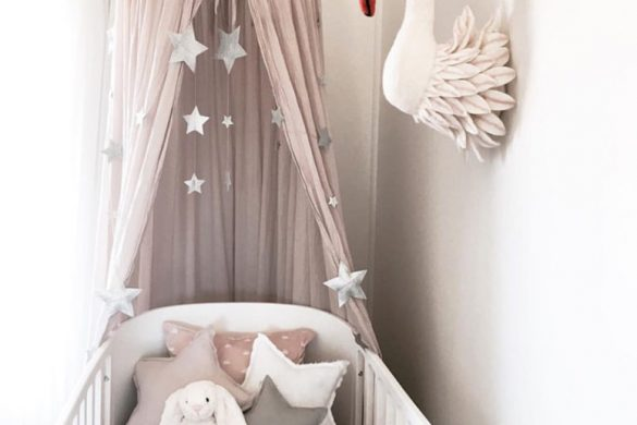 Little girl swan nursery inspiration. White and gold baby room.