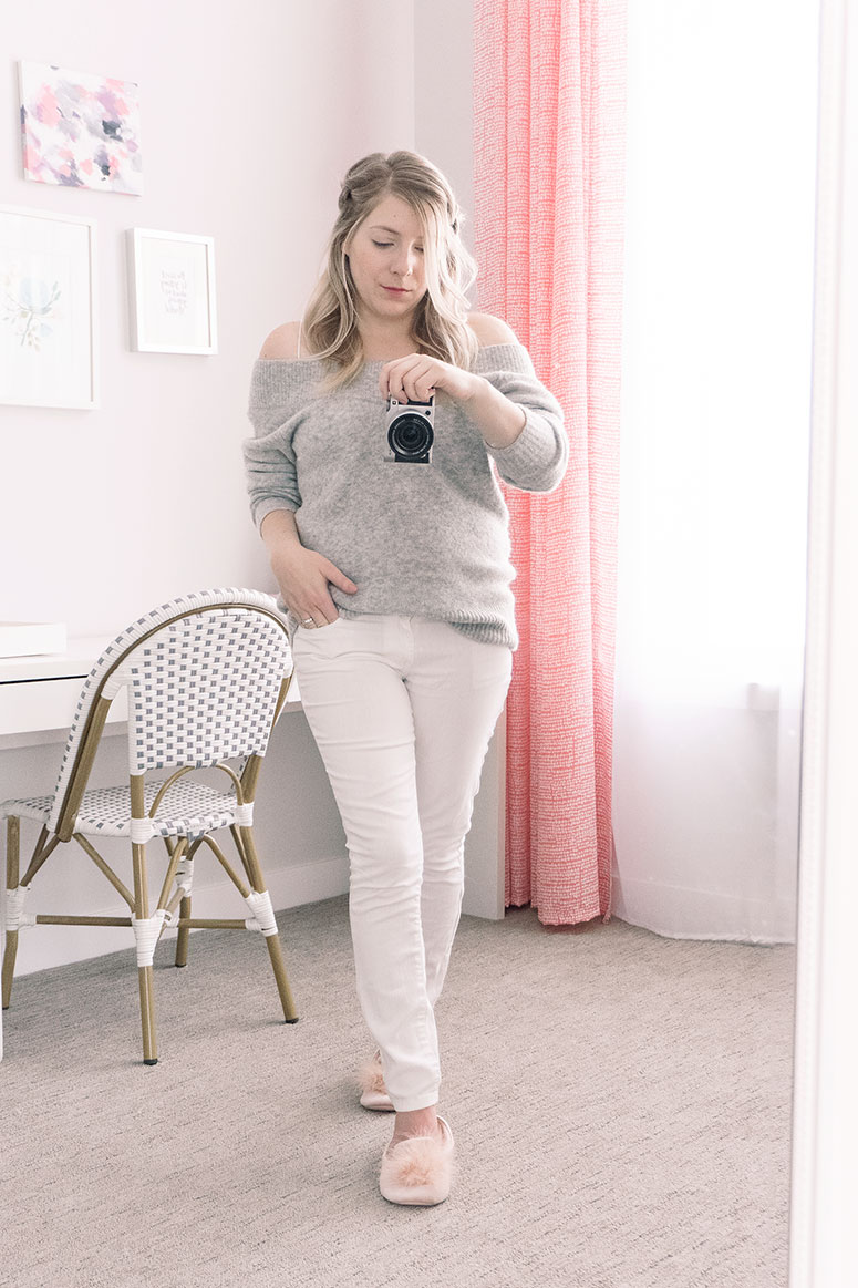 Loungewear ideas for women // 4 essential for clothing to wear at home.