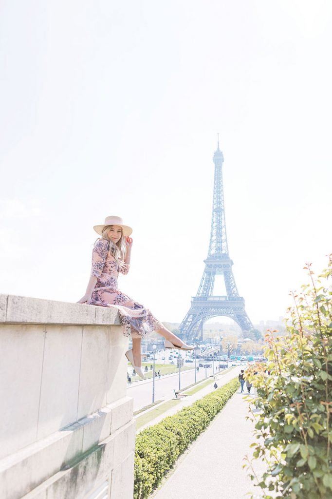The most Instagram worthy places in Paris: the Trocodero in front of the Eiffel tower.