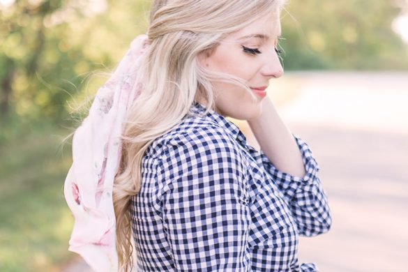 The prettiest silk scarves to wear in your hair // hair scarf styles // scarf hairstyles // silk scarves for hair