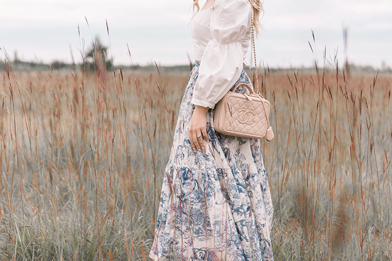 How to wear the prairie dress trend for fall 2019. Three tips for keeping the look modern and stylish from Canadian fashion blogger Pretty Little Details.