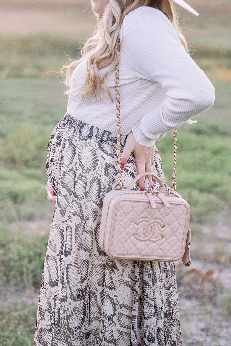 How to wear snakeskin this fall // 2020 fall fashion trend